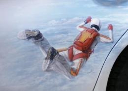 Парашютист в прыжке. Аэрография. Фото